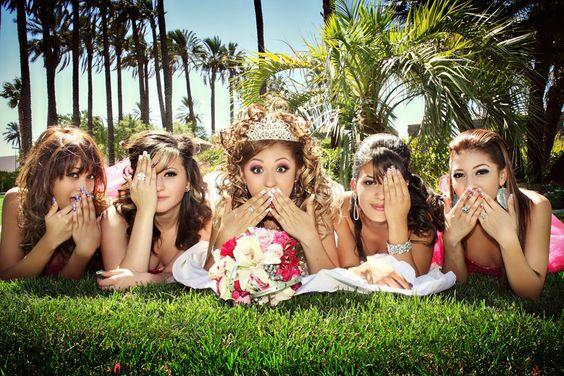 Corte de Honor: Selecting Your Damas and Chambelanes
