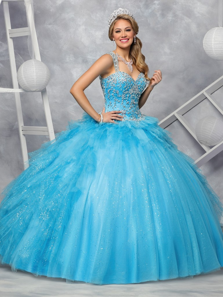 Hot Off the Runway: 10 New Quinceanera Gowns for 2017 | Q By DaVinci ...