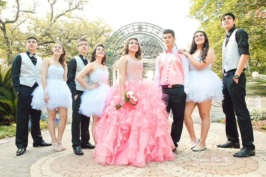 Quinceanera Attire: 6 Creative Choices for Your Guests and Corte de Honor