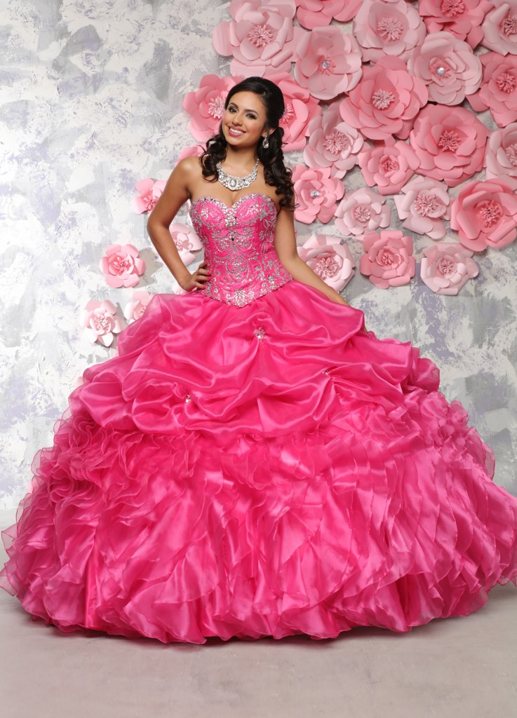 how to choose the color of your quinceanera dress