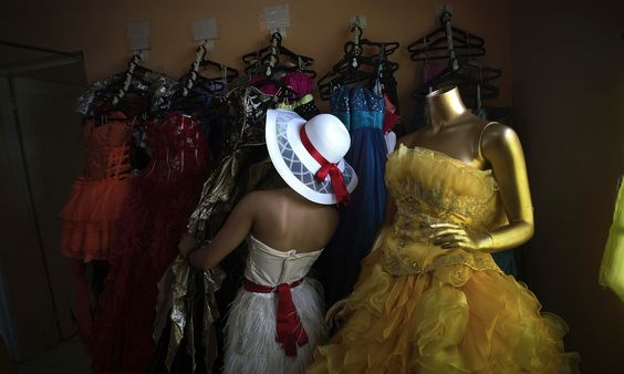 The History of the Quinceanera Dress: Beautiful Gowns, Then and Now
