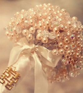 diy-pearl-bouquet-1