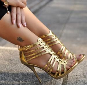 onlygirlshoes.tumblr.com