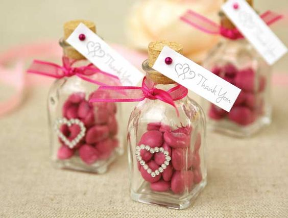 Top 10 Useful & Creative Quinceanera Favors