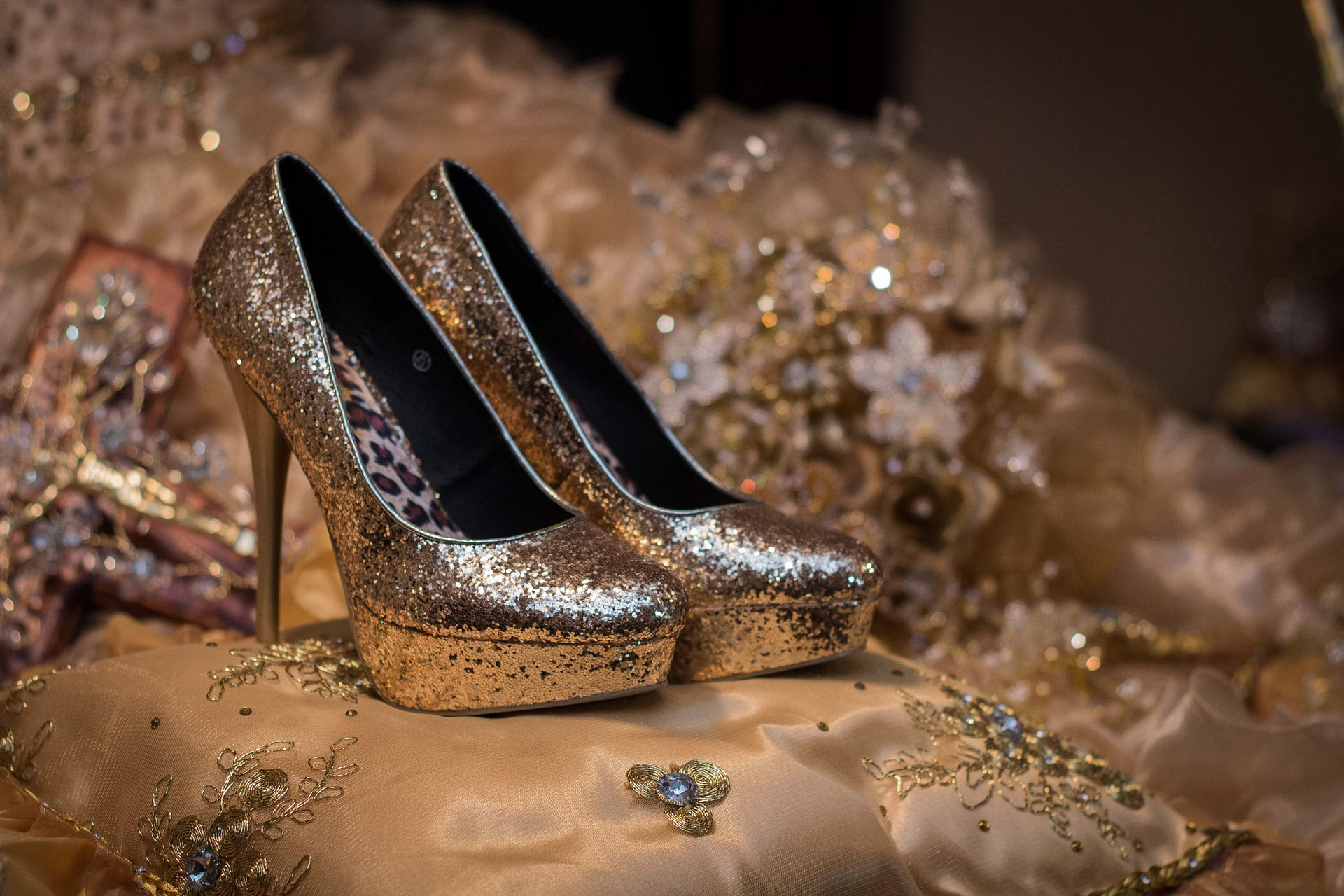 8 Steps to Selecting the Perfect Quinceanera Shoe